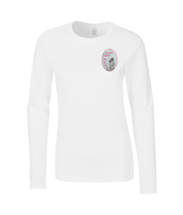 Mums Need Hugs - Ladies Long Sleeved T-Shirt (Gift for your Mum)
