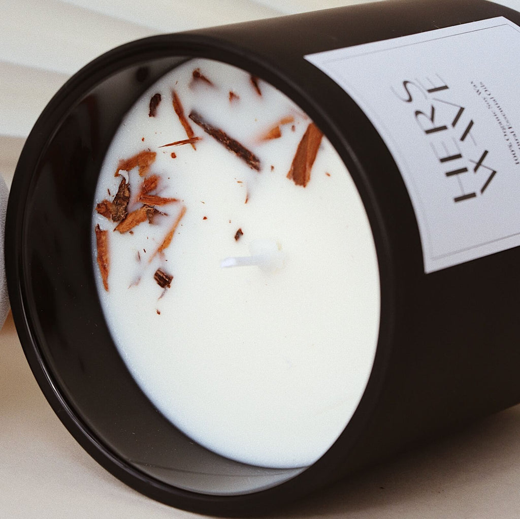 Hers Wave Sweet Tobacco Natural Soy Wax Candle