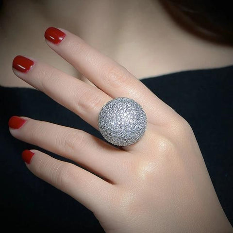 Luxury Chunky Ball Shape Crystal Cocktail Ring