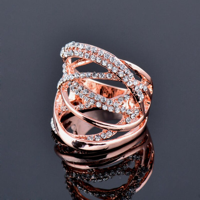 Multi Circles Twisted Wide Ring