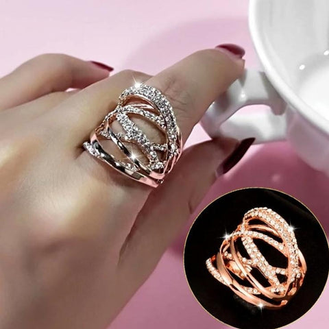 Multi Circles Twisted Wide Ring In Rose Gold & Silver Color