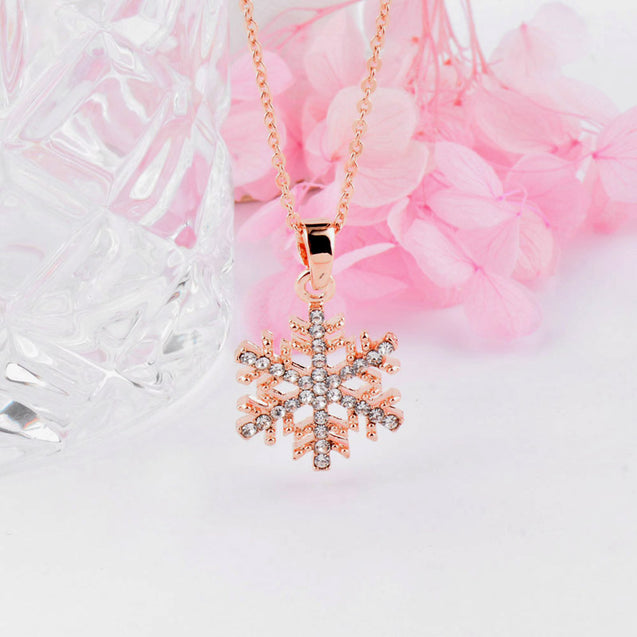 Zircon Hollow Snowflake Pendant Necklace