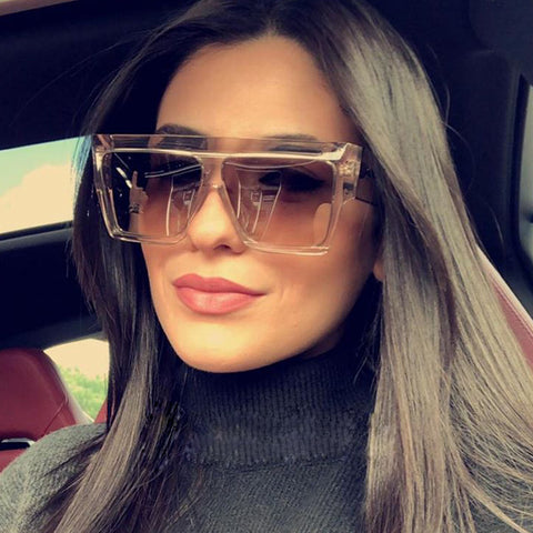 Women Flat Top Sunglasses With Square Lens