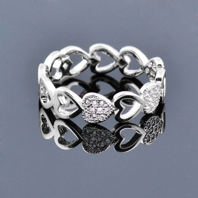 Romantic Hollow Hearts to Hearts Ring
