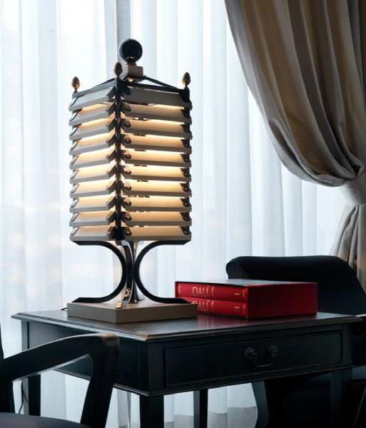 Colonial style dark wood and bronze designer table lamp from Italy