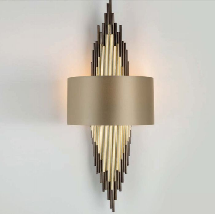 Modern high-end Italian designer wall light in brass