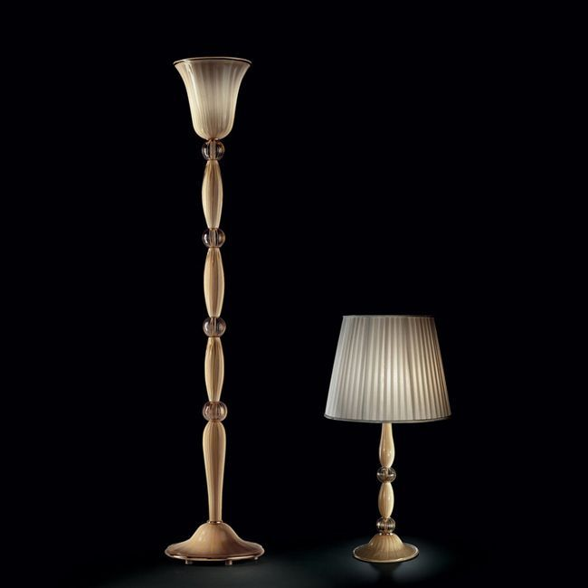 Sophisticated and classic floor lamp in ivory Murano glass