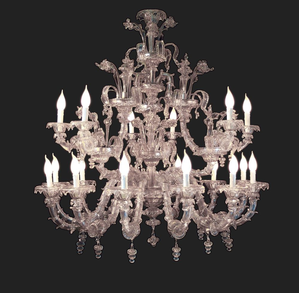 Opulent 18th century style Venetian glass chandelier  with 18 lights