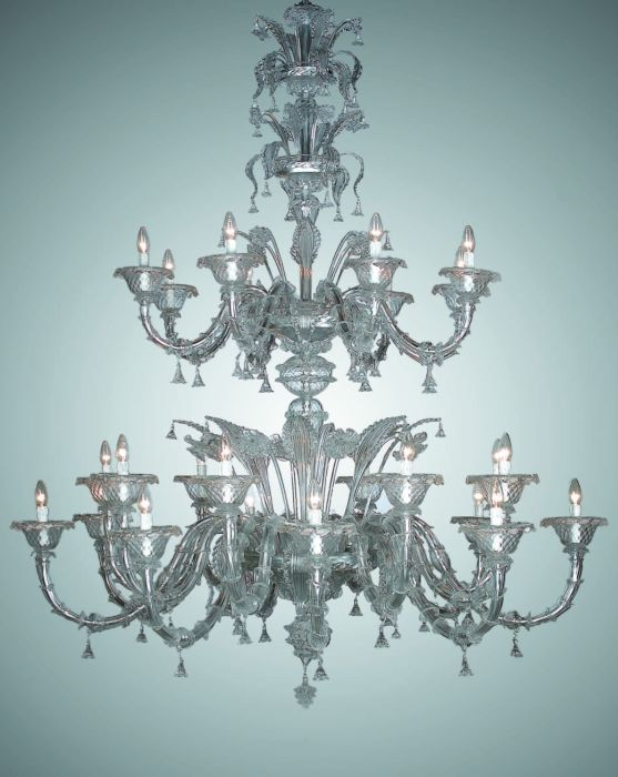 Majestic two metre tall clear Murano glass chandelier with 24 lights