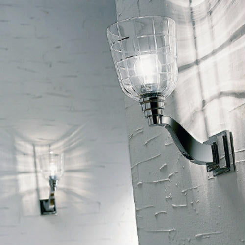 High-end single wall sconce in Venetian glass with chrome frame