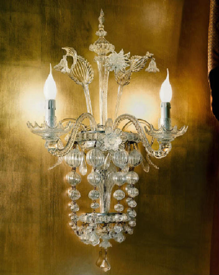 Hand-crafted Venetian wall light with Murano glass baubles