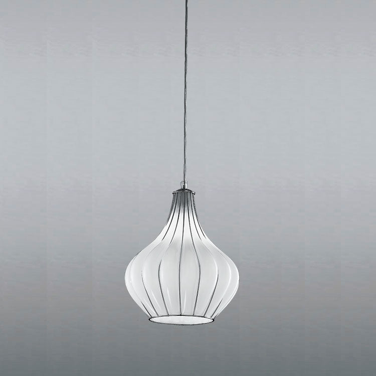 Elegant modern Venetian ceiling pendant with 3 lovely Murano glass finishes