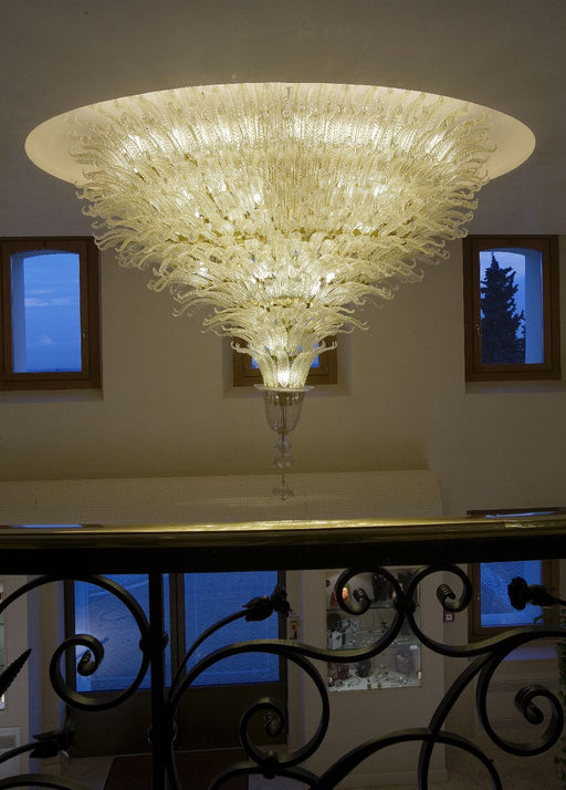 Magnificent large suspended ceiling light with gold Murano glass leaves