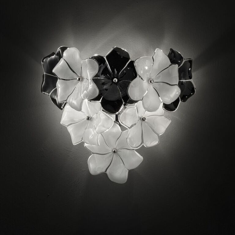 1970s-style Murano glass flower wall  light in the Cenedese style