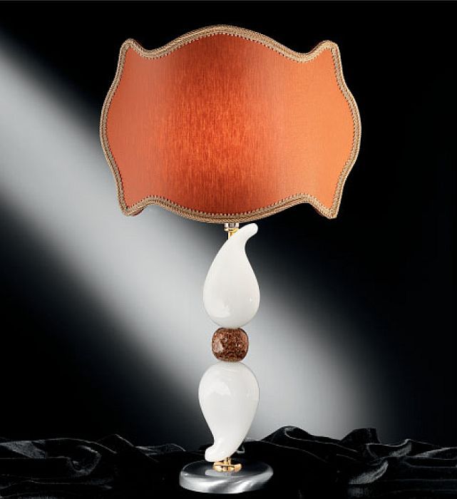 White aventurine table lamp with coral Venetian style shade