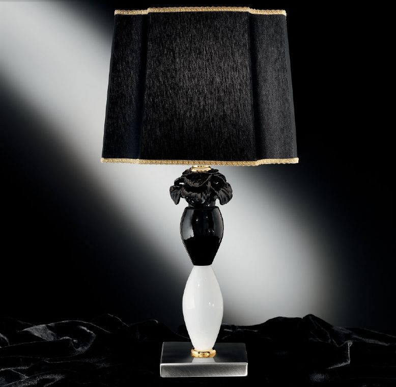 Black and coral Murano glass table lamp with black glass flower decoration