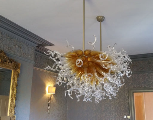 Bespoke gold and clear Murano glass art chandelier in the Chihuly style