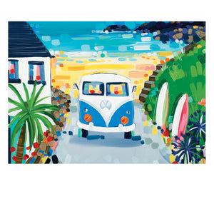 DAY AT THE BEACH POSTCARD (x50)