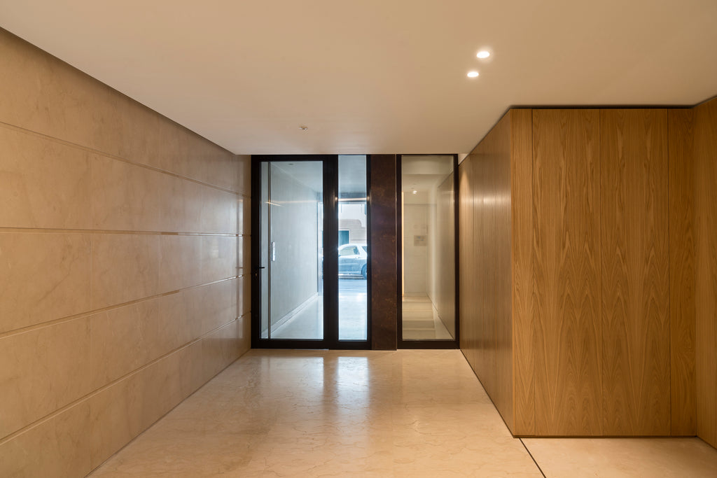 crema marfil floor and wall cladding entrance hall natural stone work