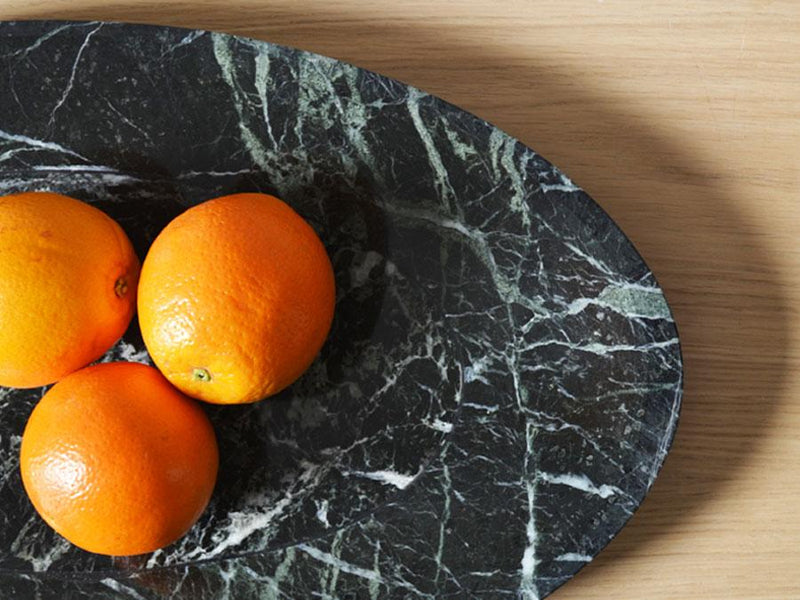 Alpino marble Centrepiece with oranges