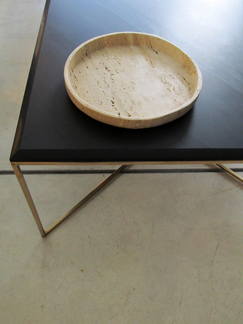 center plate on table