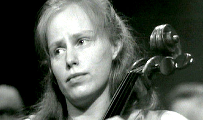 JACQUELINE du PRÉ IN PORTRAIT | Elgar Cello Concerto | The Ghost