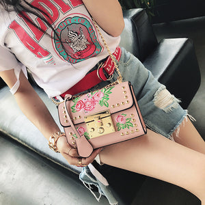 Women Messenger Bags Embroidery Rose Crossbody Shoulder Bags Chain Body Bags