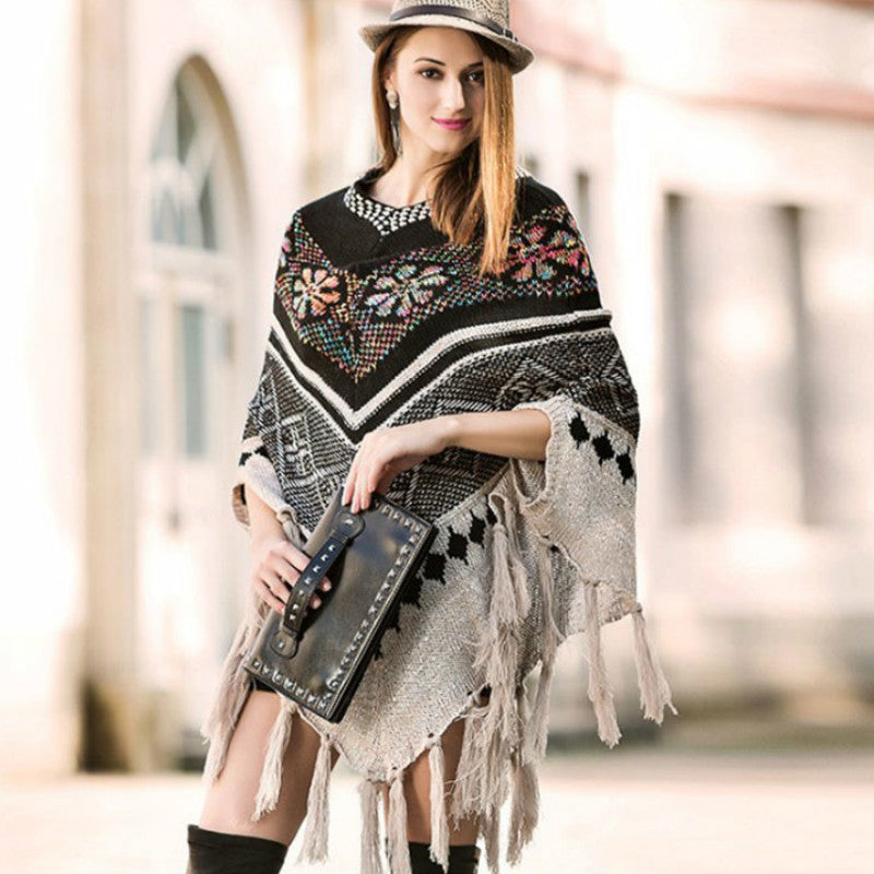 Retro Geometric fringed knitted cloak bat sleeved shawl V-Neck Pullover loose National wind Flower Pattern Tassels Scarf 2018