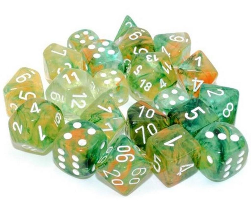 Chessex: Clam Shell Luminary Nebula Spring/White 12pcs 16mm D6 Dice Set