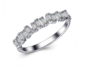 Hestia Jewels Love Diamond Bar Ring