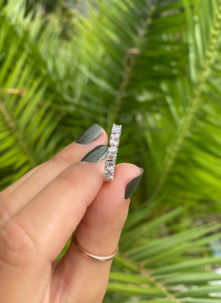 Mismatched Baguette Diamond Eternity Band