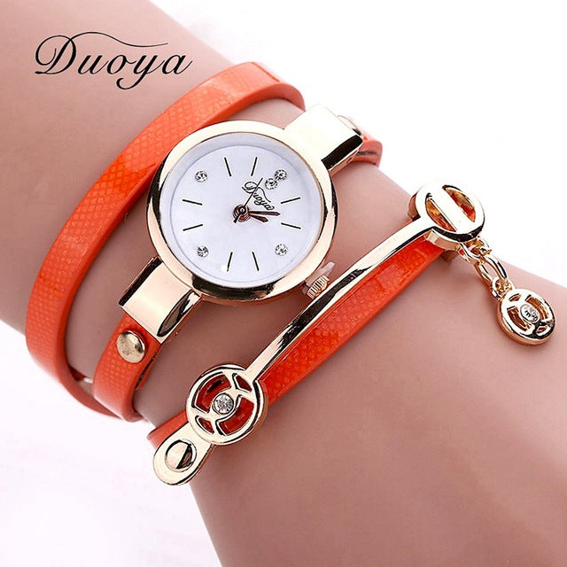 Casual leather wristwatch