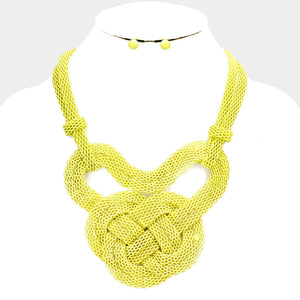 Yellow Knot Mesh Metal Necklace