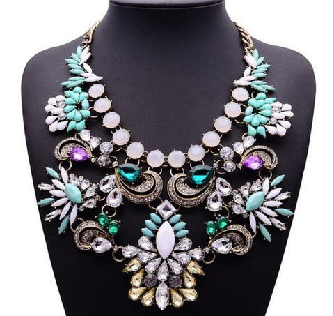 Elegant Statement Necklace
