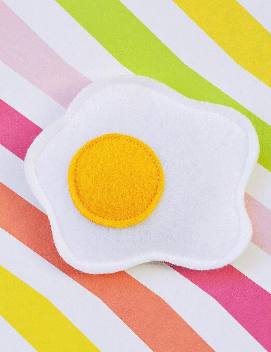 Floppy Fried Egg Cat Toy