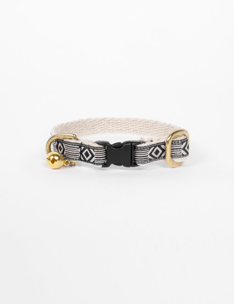 Out Of My Box Cat Collar | Cream & Black
