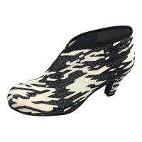 Fold Mid 18 Mono Geo by United Nude