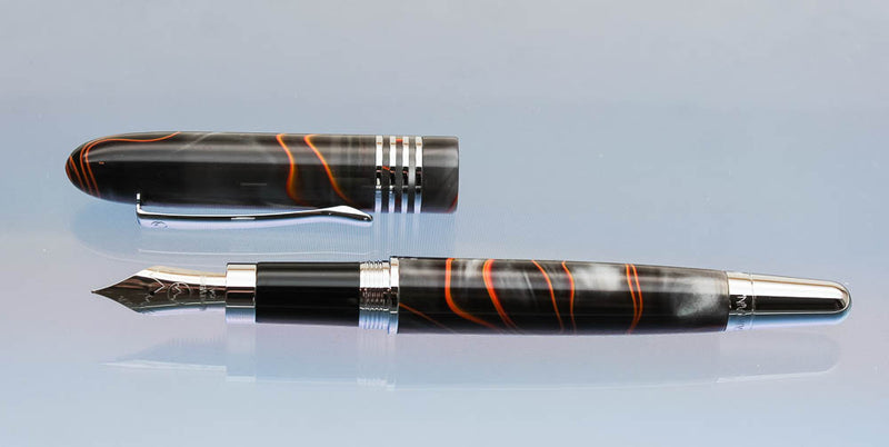 Monteverde Mountains of the World, Mount Vesuvio Fountain Pen - Medium