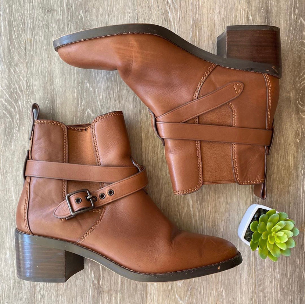 Coach Perfect Brown Chelsea Boots Sz 9