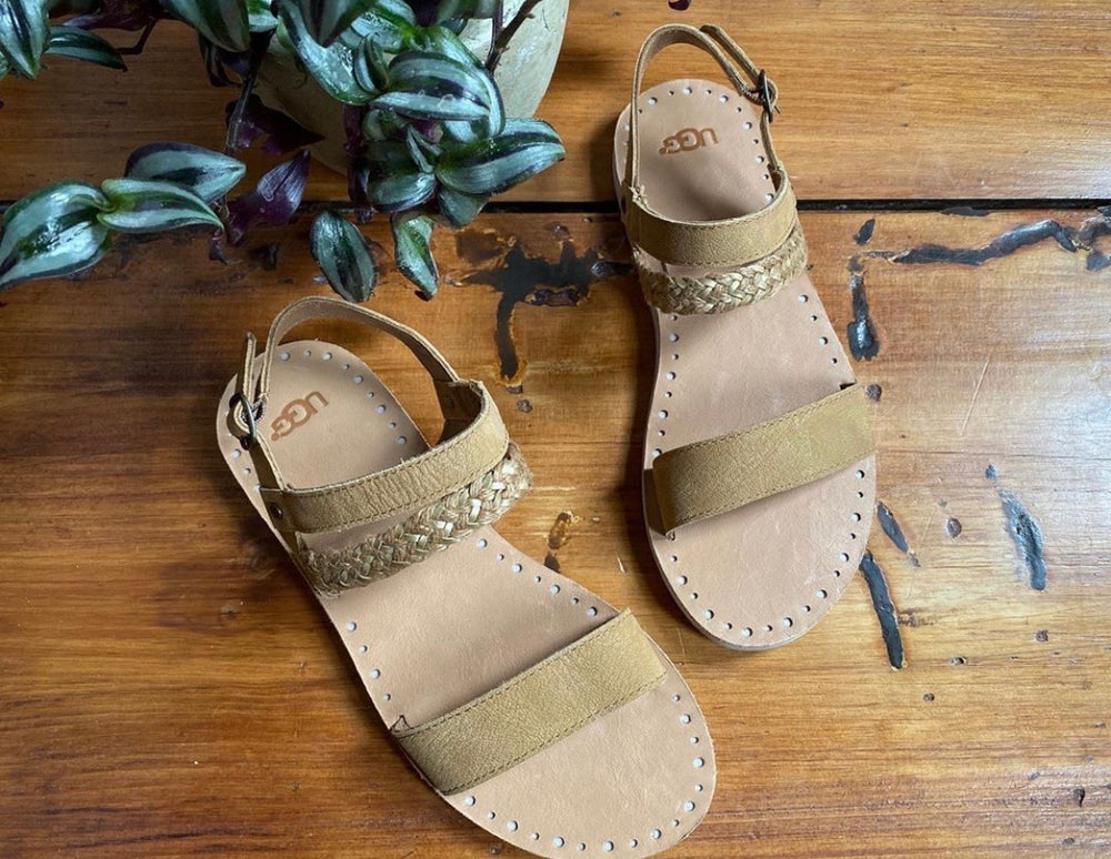 Ugg Braided Brown Leather Slide Sandals Sz 8 (F)