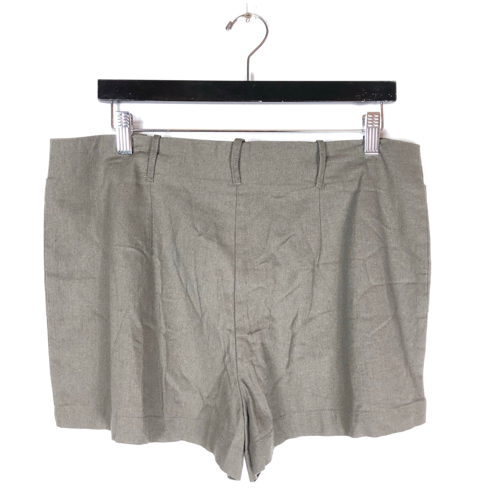 Socialite Gray Linen Blend Shorts Sz XL & L (f)
