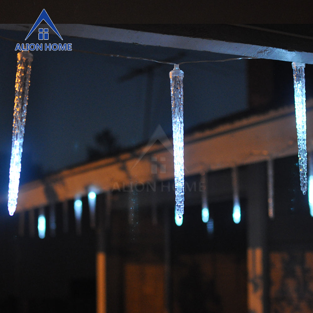 Shooting Star Icicles 112 White LED 8ft
