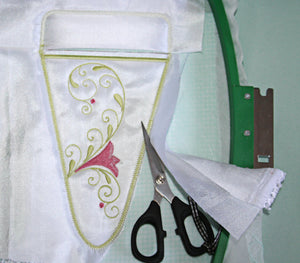 How To:  Make IN-THE-HOOP Scissor Pockets