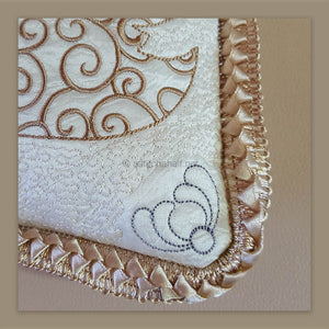 Filigree Swan Pillow Quilt Combo - astitchahalf