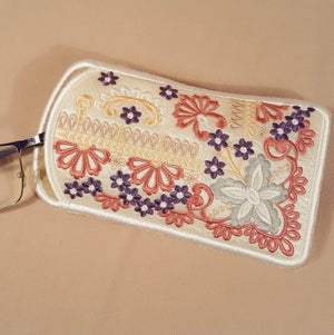 Precious Dreams Eyeglass case
