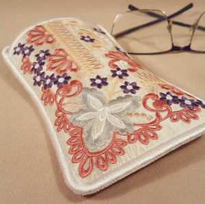 Precious Dreams Eyeglass case - a-stitch-a-half
