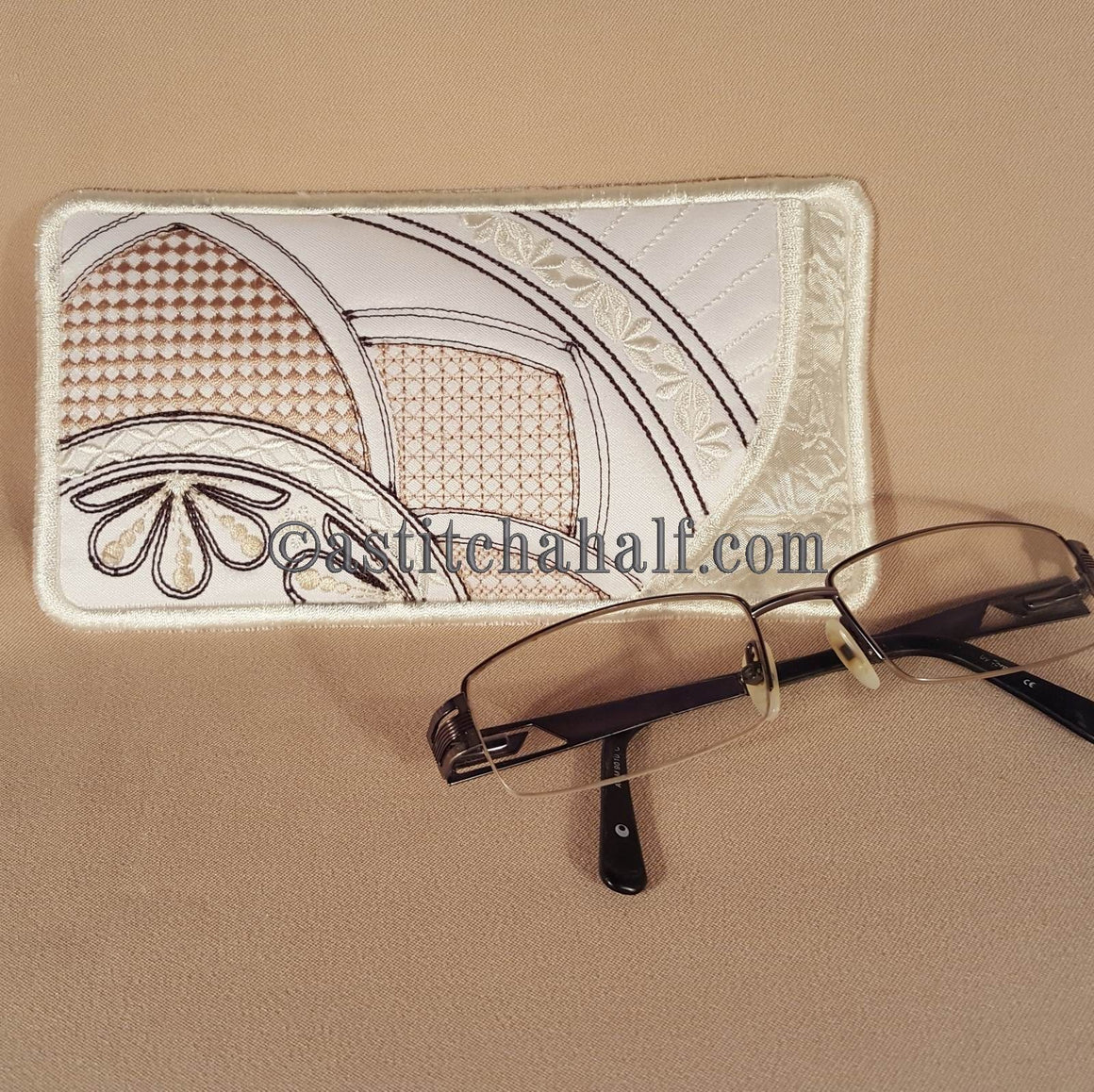 Beautiful Morning Eyeglass Case - astitchahalf