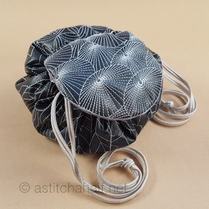 Japanese Parasols Jewelry Circle Bag