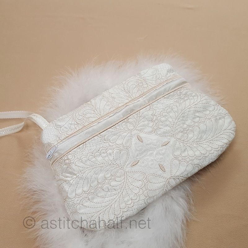 Fine Feathers ITH Wrist Purse