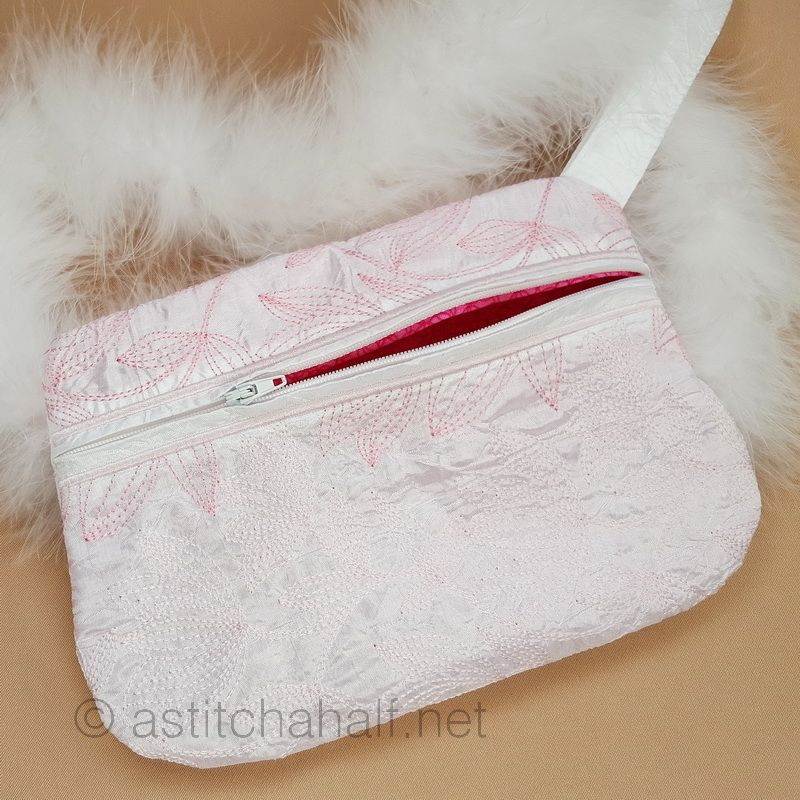 Floral Flush Zipper Purse